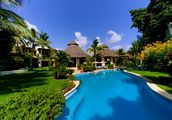 Casa Bella, Punta Mita - Ultra luxurious and exotic Pacific Mexican villa in a class and style of its own within the exclusive sub division with the Punta Mita resort called Ranchos Estates adjacent to the Four Seasons and the Jack Nickalus golf course, the St. Regis and the soon to be W Hotel